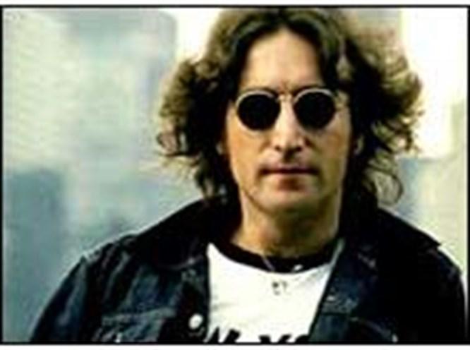 Lennon, Presley'e fark attı